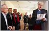 Mag. Art. Nils Ohrt holder afskedstale ved sin afskedsreception på Nivaagaards Malerisamling fredag 1. april 2011.  Nils Ohrt der stopper som direktør for malerisamlingen efter 15 år på posten og tiltræder 1. maj stillinge som direktør for færøernes kunstmuseum, Listasavn Føroya, der er en selvejende organisation, med en permanent udstilling af færøsk kunst, og flere skiftende udstillinger om året. Til venstre Nivaagaards bestyrelsesformand Ebbe Simonsen.. Foto: Torben Christensen   København ©