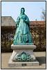Bronze statue af Dronning Caroline Amalie udført af Vilhelm Bissen opstillet 1896