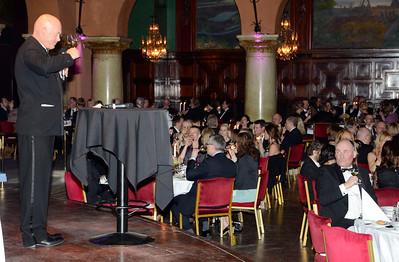 Svensk Galopps VD Gunnar Werner utbringar en väkomstskål | Galoppgalan 2012 - Vinterträdgården Grand Hotel | Foto: Stefan Olsson / Svensk Galopp
