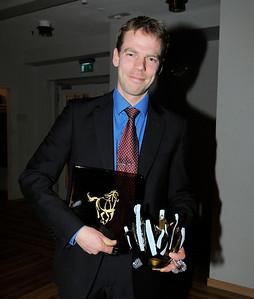 Årets 2-åring: Buzz Lightyear. Tränare Mikael Tjernström | SGS Championfest Täby Park Hotell 120114 | Foto: Stefan Olsson / Svensk Galopp