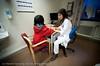 Anisha er på kontroll på Narvik Sykehus 19. januar 2011. Sjekk av brudd i hånd. Gips er fjernet. Nå røntgen og etterkontroll. Lege Emina Bektesevic.