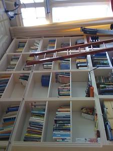 Nieuwe kast met trapje
