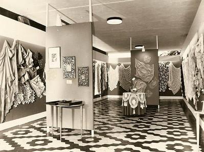Expo, de toalhas A toalha de crochet na mesa redonda feita pela Zelinha Adalberto