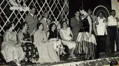 Mercês Teixeira, sra do Sucena, eng. Sucena, José Medeiros, Moniz, Leopoldo?, Natália Pedroso Neves e Maria Helena Rodrigues