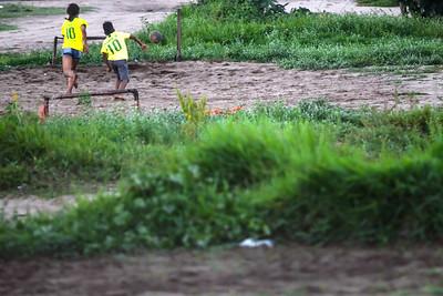 Futebol de crianças