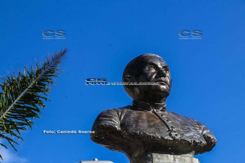 Busto de Pe. João Maria