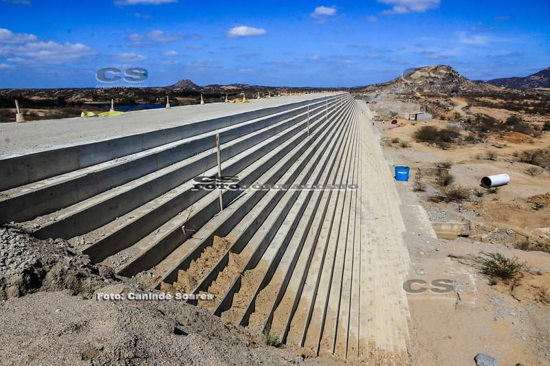 Obras da Barragem Oiticica