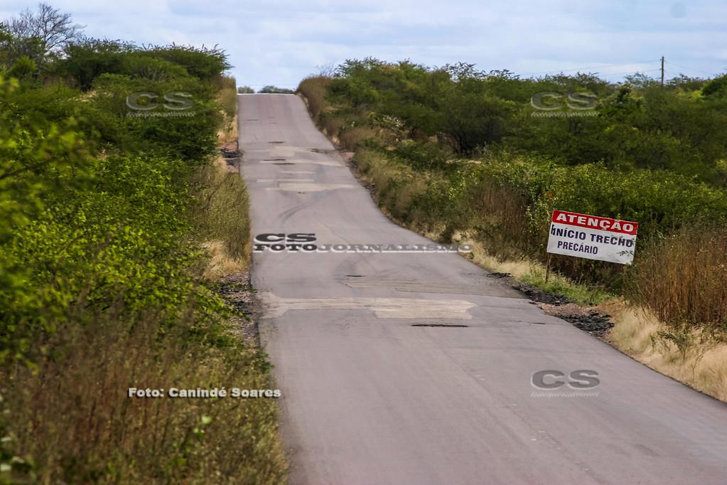 Estrada mal conservada