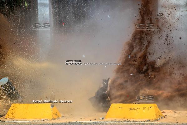 Explosão de Bomba