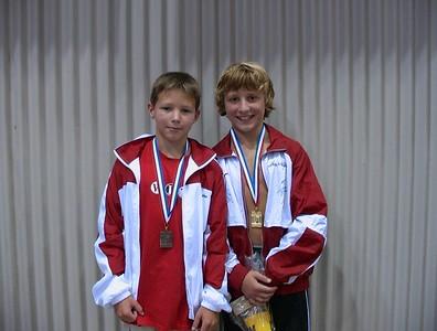 Hayden & Harrison displaying 3M medals