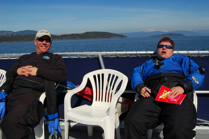 Dave and Laura kickin' back on the top deck