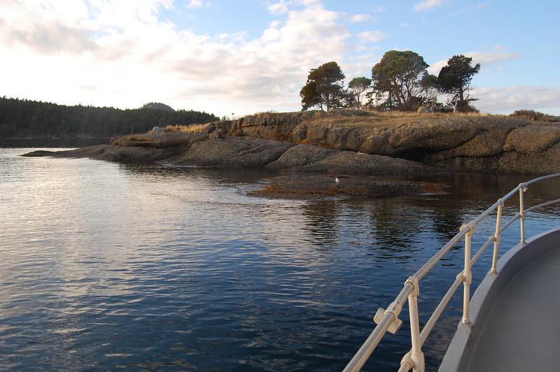 Approaching Gossip Island