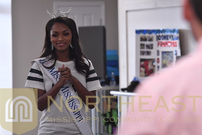 2018-10-31 CDA Miss Mississippi Asya Branch - Speaking to Boys and Girls Club