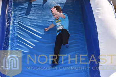 2019-04-09 CHILDCARE Childcare on Inflatables