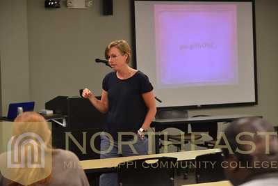 2016-06-15 CE Mobile Learning Conference - Nikki Peel