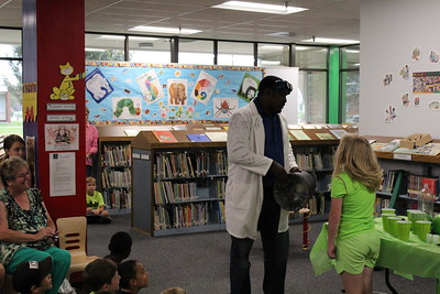 Doc Atoms visits library