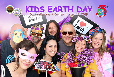 Kids Earth Day at Dockweiler Youth Center.  Photo by Venice Paparazzi
