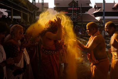 Guruvayoor Edatharikathu Kavu Thalapoli