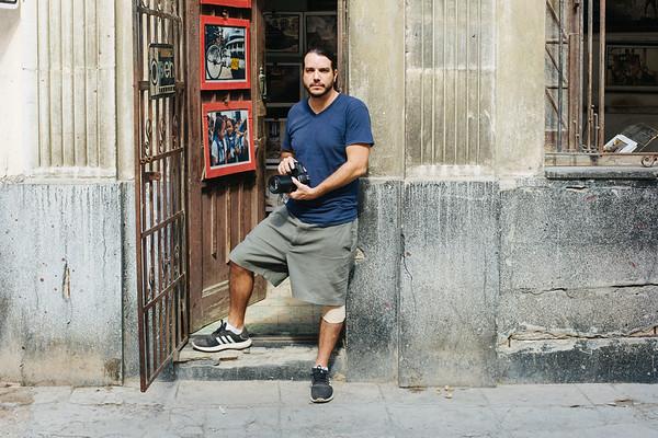 YenCordero,40, Photographer