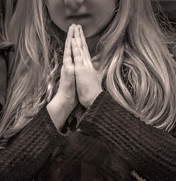 20151209-IMG_6541-Praying Child