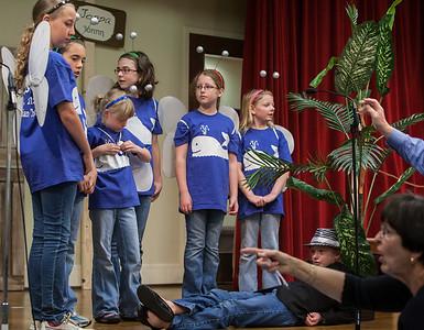http://www.centralchristianlex.org                                           John Lynner Peterson, photographer