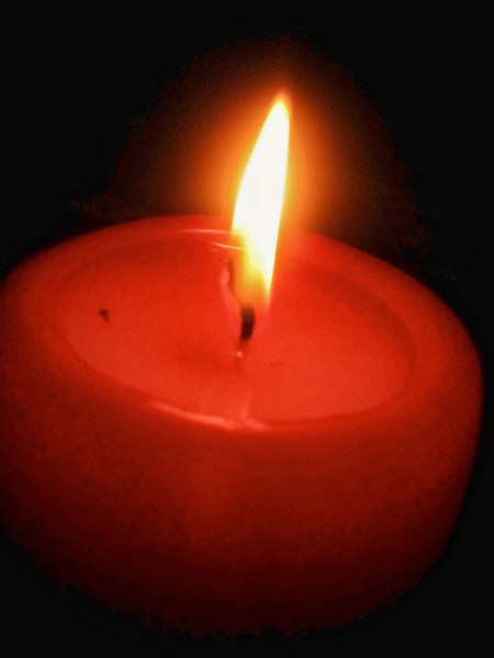 Red Candle T