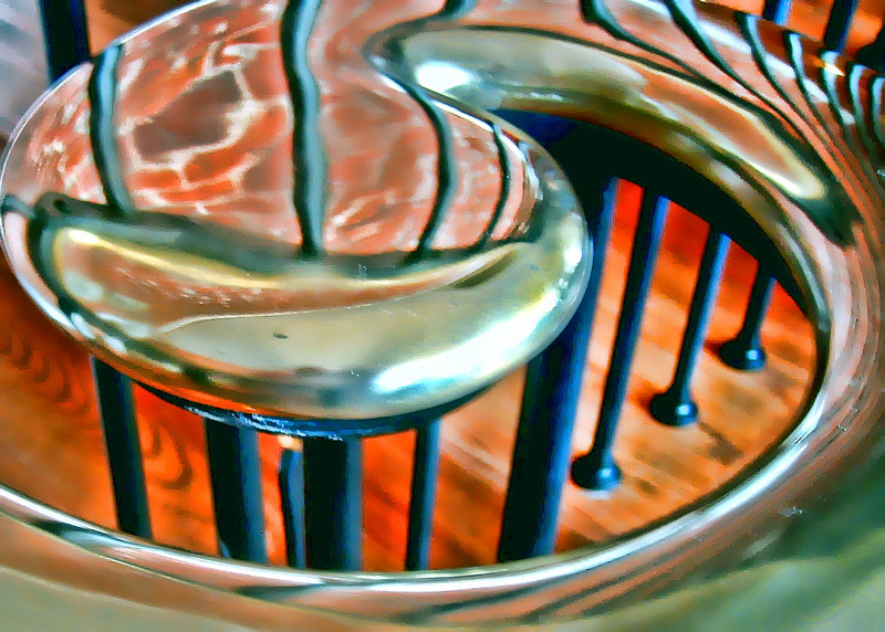 Swirl T