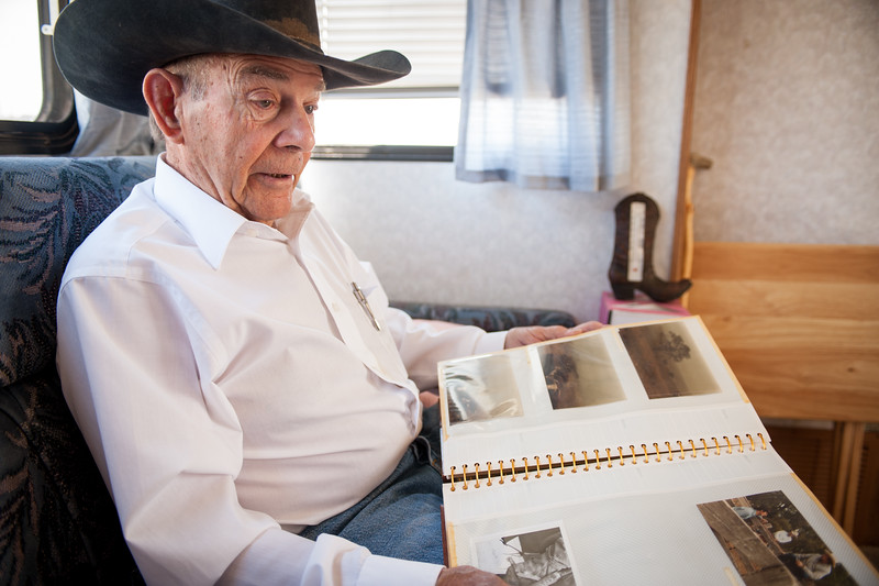 Shaie Williams. Bob Cates sharing some old photos during a Interview at Channing, TX on May 6, 2016.