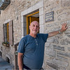 Canada Quebec PQ  Me communing with building erected 1688 Rue Souds Le Fort, Lower Town June 2018