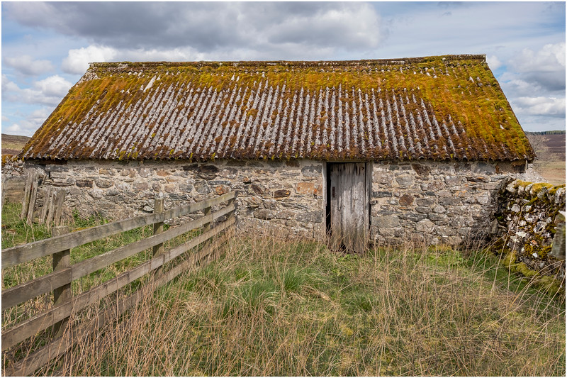 Scotland Cairngorm Cottage Ruins A924 north of Pitlochry 14 May 2019