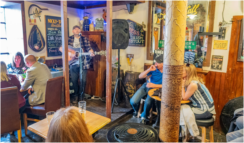 Scotland Stirling 50 Nicky Tams Pub May 2019