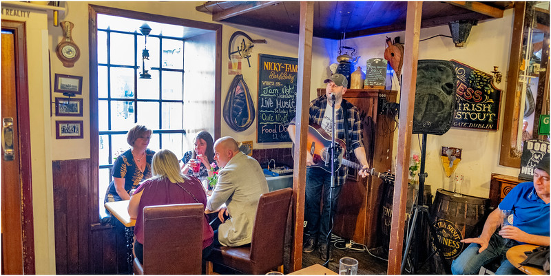 Scotland Stirling 49 Nicky Tams Pub May 2019