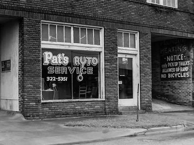 Pat's Auto Service