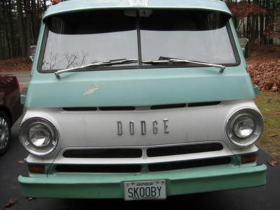 Skooby is a 1965 Dodge A100 Sportsman with a 225/6 and a 3spd manual on the column.