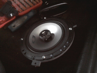 """Aftermarket speaker and speaker adapter   <a href=""""http://www.car-speaker-adapters.com/items.php?id=SAK011""""> Car-Speaker-Adapters.com</a>"""