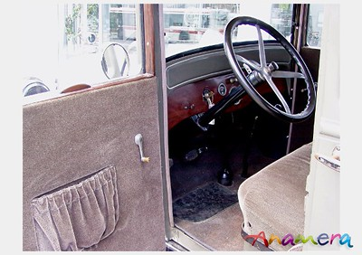 1926 Dodge Brothers 4 Door Sedan - Note Steering Wheel and Throttle/Spark Adv