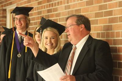 Dodgeville Graduation 5-28-17