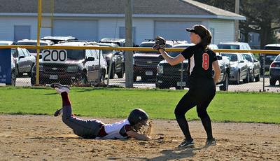 Dodgeville Softball 5-5-18