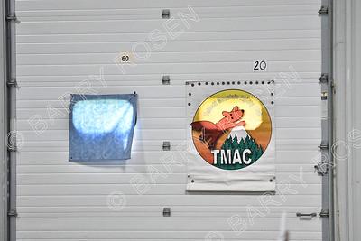 TM8_5196