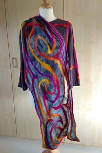 Vest in combinatie met eerder gevilte zonsondergang-sjaal