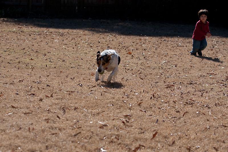 2009-01-18.Carson Throwing the Ball.304-130