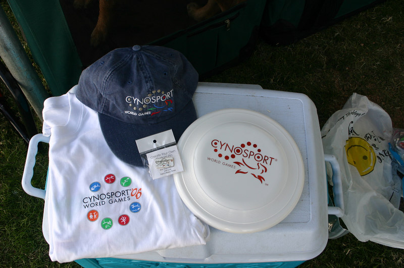 Freebies from USDAA for competitors: Hat, brooch, frisbee, t-shirt