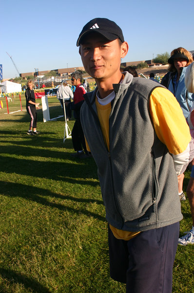 Robert Y ready to walk the course