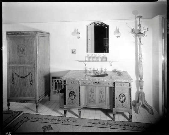 Bathroom, Doheny Mansion, Chester Place, Los Angeles, Calif., 1933