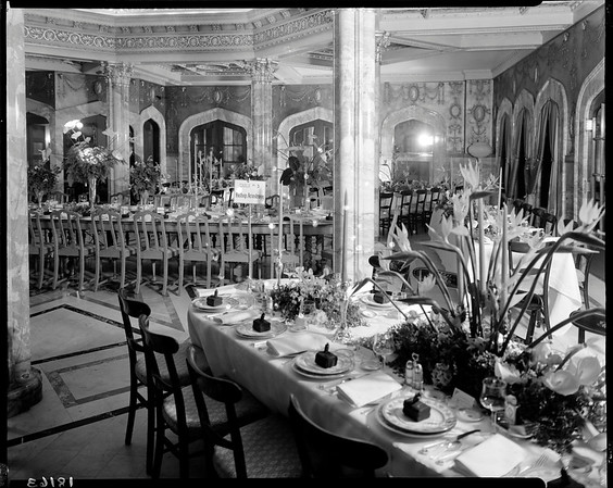 Pompeian Room, Doheny Mansion, Chester Place, Los Angeles, Calif., 1936