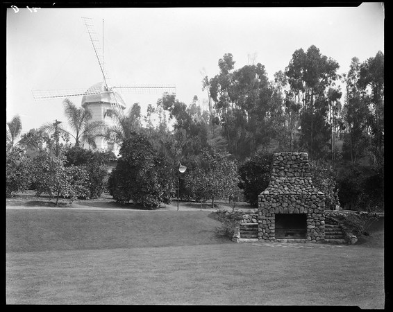 Lawn with stone barbeque, Doheny Ranch, near Doheny Road, Beverly Hills, Calif., ca. 1915-1930s?