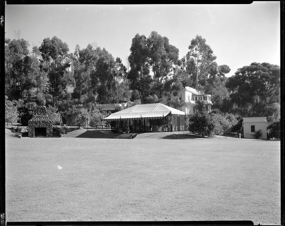 Cabana, Doheny Ranch, near Doheny Road, Beverly Hills, Calif., ca. 1915-1930s?