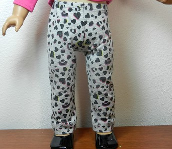 AG BK Pink 3 qtr Sleeve Tee  w Ruffle & TC Gray Balck & Pink Leopard Heart Pants front 2