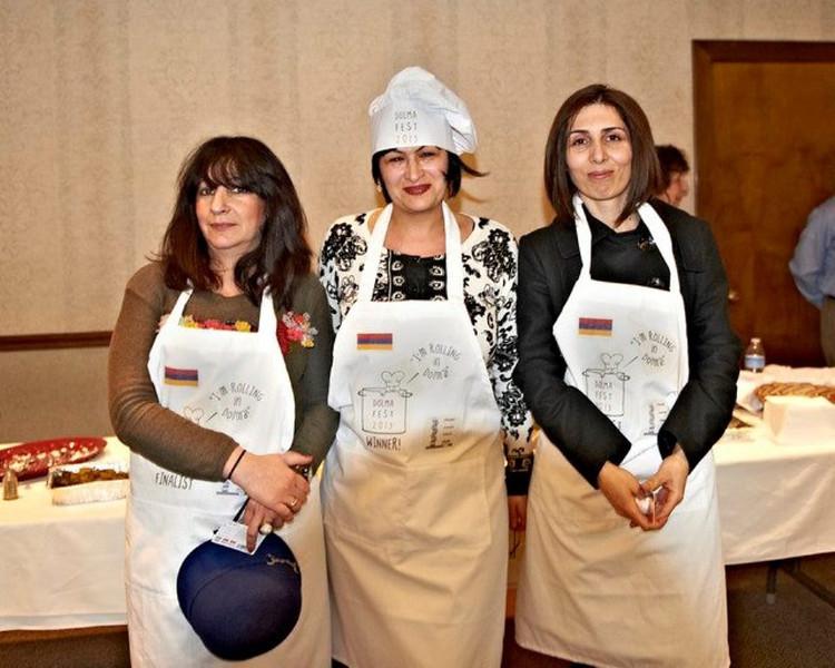 Winners from left to right: Erina Vartanova-Sagatelov, Cristine Baghdasaryan and Hasmik Yeranosyan
