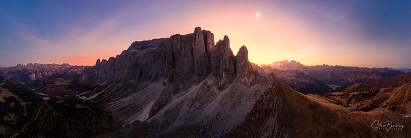 Sunrise at Passo Sella